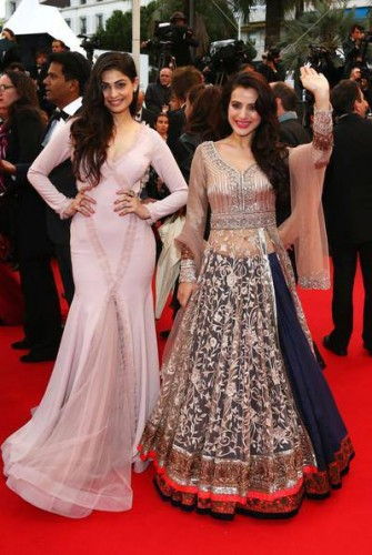 Ameesha Patel and Puja Gupta at the premiere of All Is Lost. Ameesha is wearing a Manish Malhotra lehenga while Puja is in a Gauri and Nanika creation. Source: Bollywood's Biggest Fan Club -BBFC