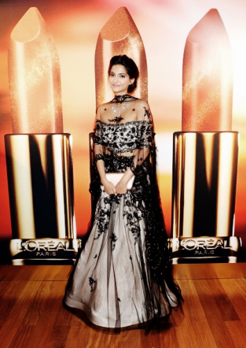 Sonam Kapoor in a Shehla Khan lehenga and Chopard necklace. Source: Bollywood's Biggest Fan Club - BBFC
