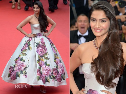 Sonam Kapoor in a Dolce & Gabbana dress with printed pumps at the screening of Jolie & Jeune. Source: RCFA