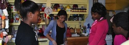 Sheena Pradhan cooking