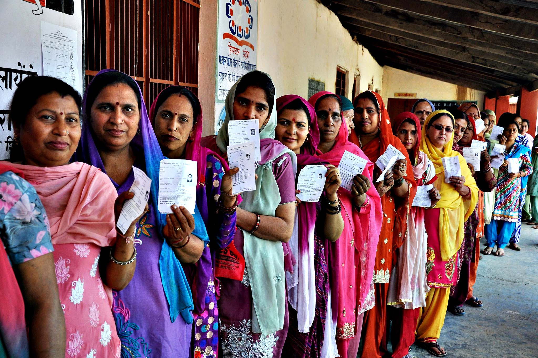 Voting during 8th phase of Parliamentary election