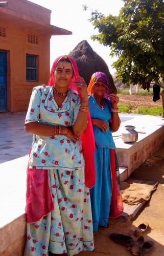 Traditional Rajasthan ladies 2
