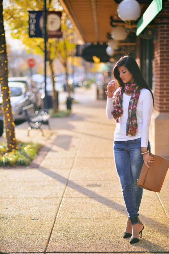 Faded-Blue-Denim-Jeans-with-FLoral-Scarf-008-683x1024