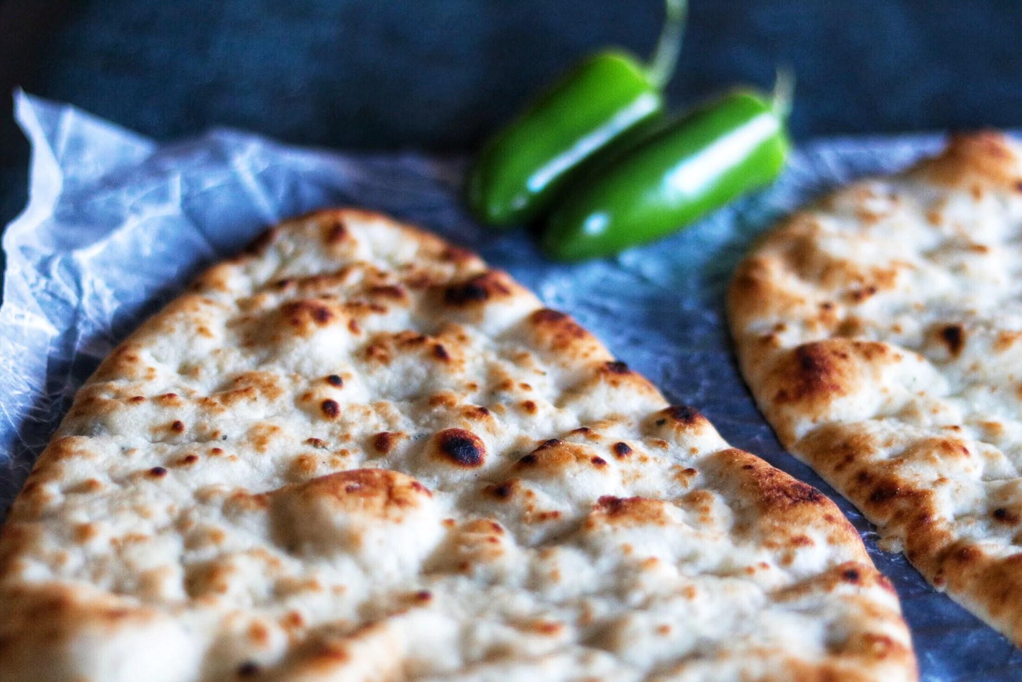 Naan Popper Pizza